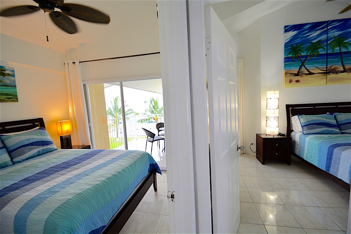 Family lodging at the Cayman Reef Resort